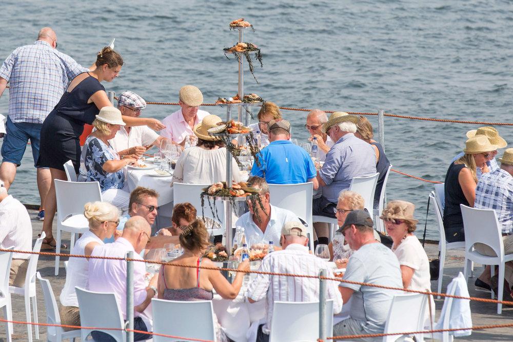 JvdH Katse Veer eten op ponton -94.jpg