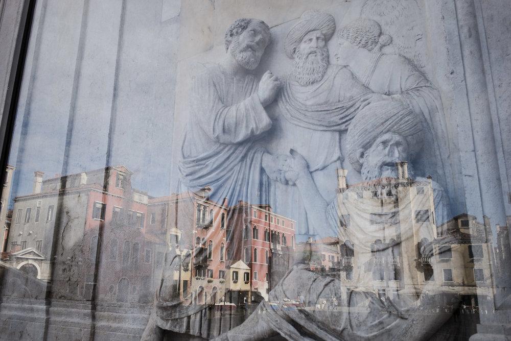 Bas-relief sur la Scuola Granda di San Marco