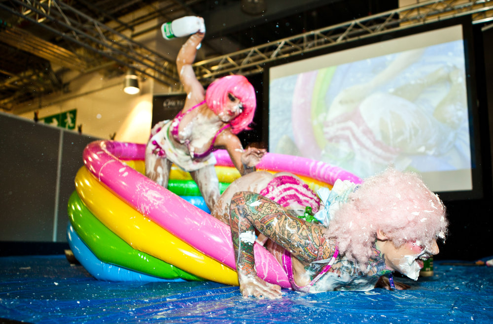 Cake Fighting at Tattoo Jam 2014