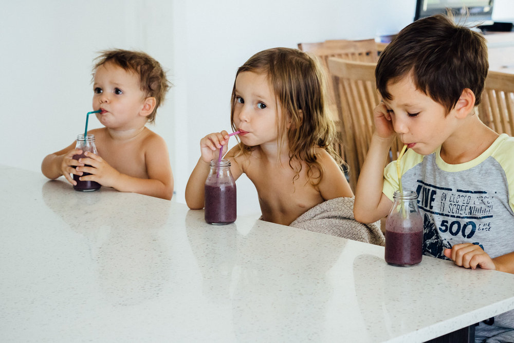 kids strawberry smoothies.jpg
