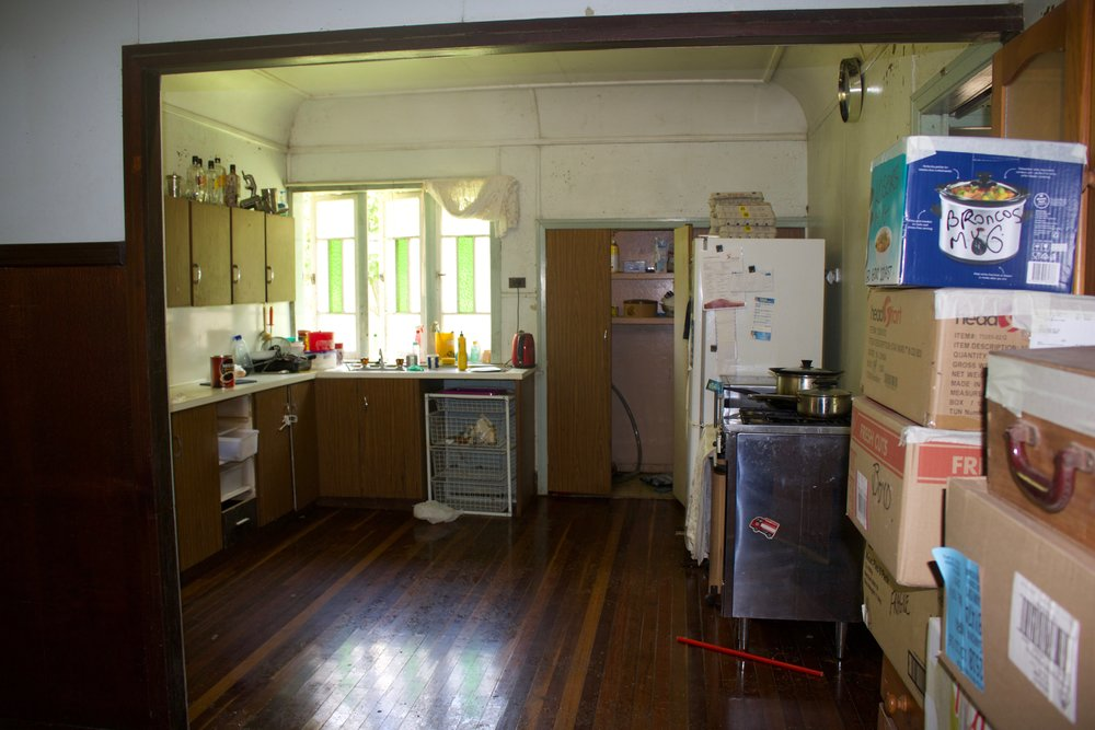 Its A Very Run Down 70s Kitchen Where Wild Things Grow