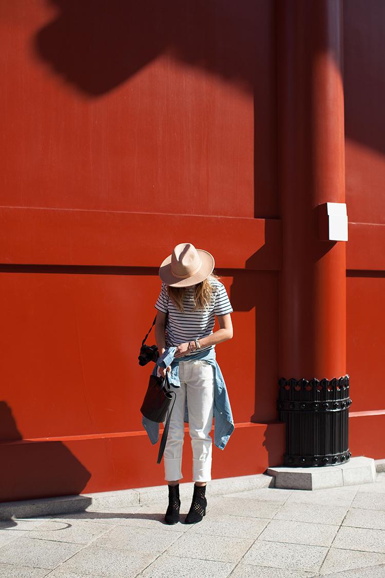 IMG_6097 minimalist wardrobe-6097.jpg