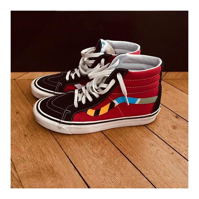 Special sneakers SK8-Hi @vans x @dreamer_studiothoral #sk8 #vans #sneakers #dreamer #custom