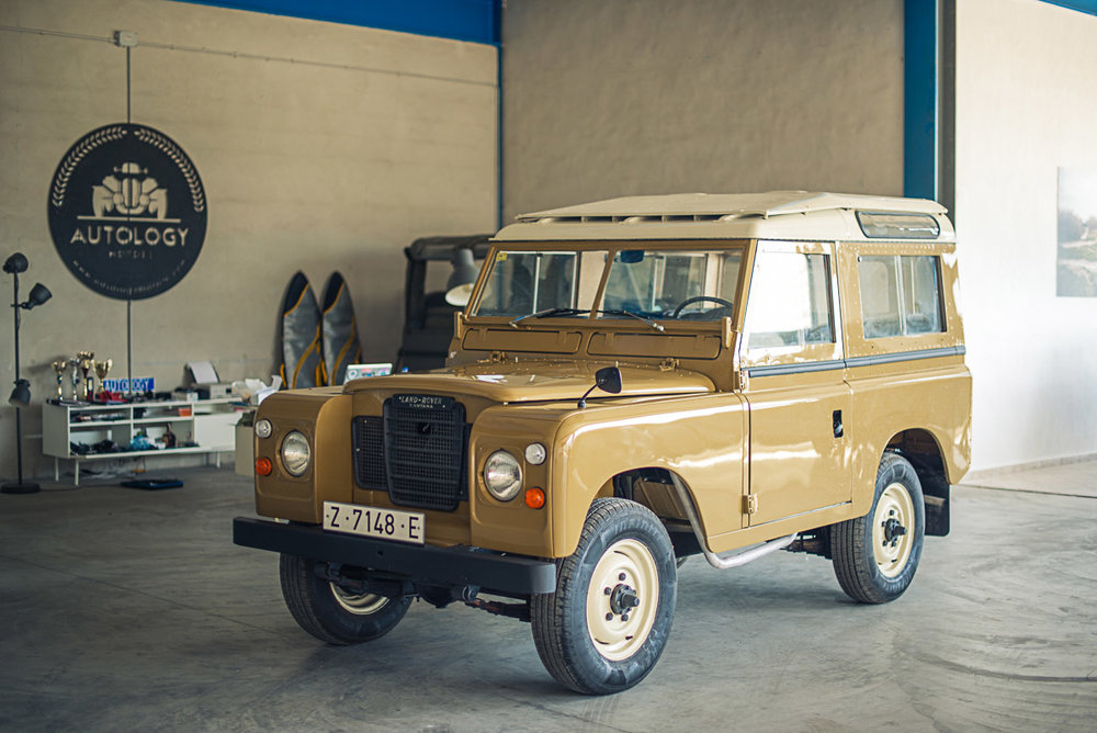 land_rover_88_left_front_2.jpg