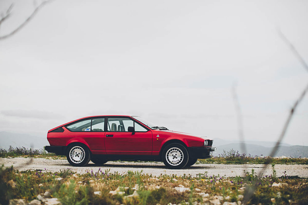 alfaromeo_gtv_right_2.jpg