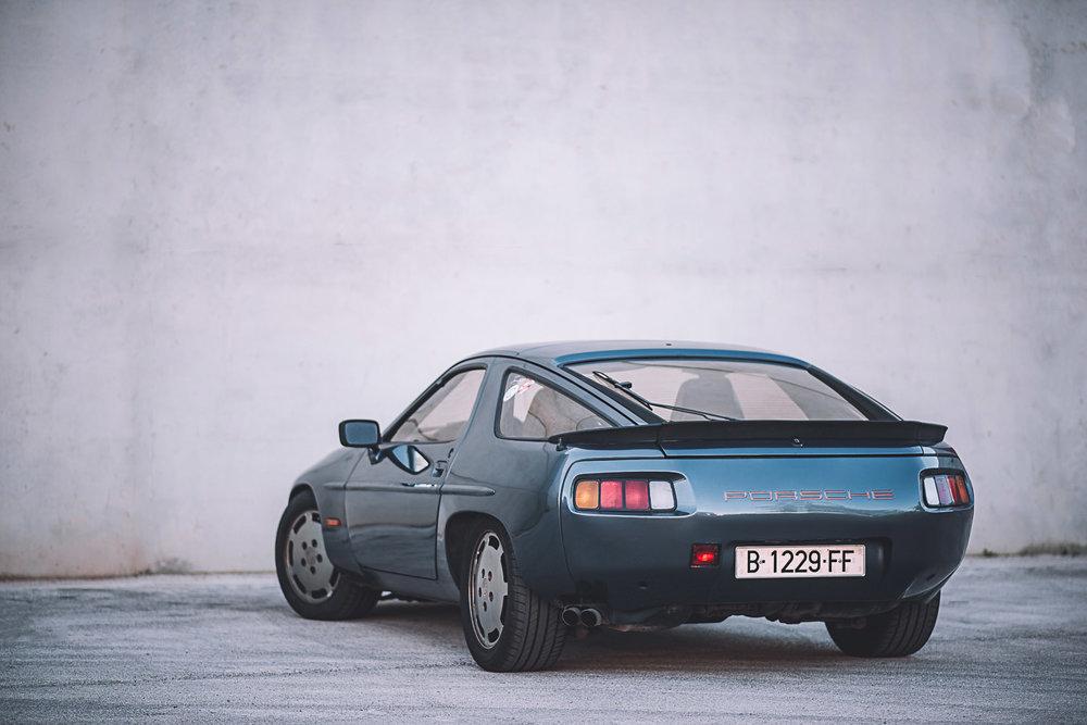 porsche_928_left_rear_4.jpg