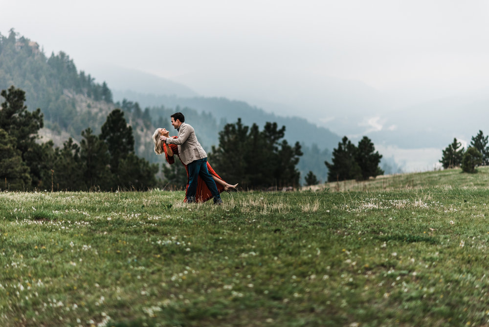 Colorado-Adventure-Elopement-Engaegment-Wedding-Photographer-Mountains-2.jpg