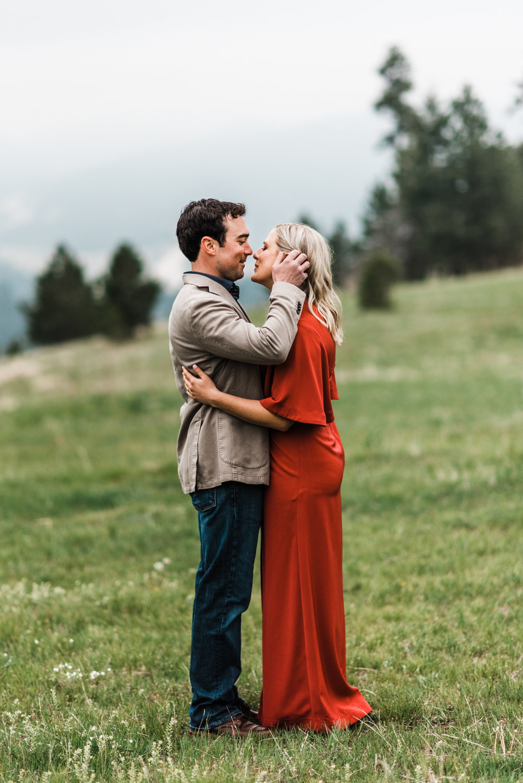 Colorado-Adventure-Elopement-Engaegment-Wedding-Photographer-Mountains-3.jpg