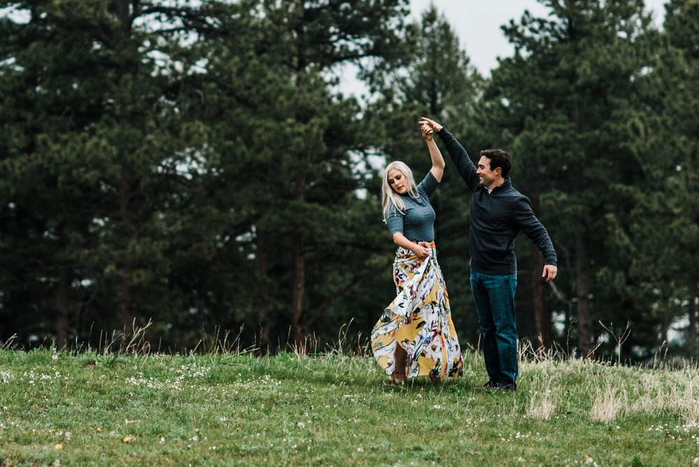 Colorado-Adventure-Elopement-Engaegment-Wedding-Photographer-Mountains-17.jpg