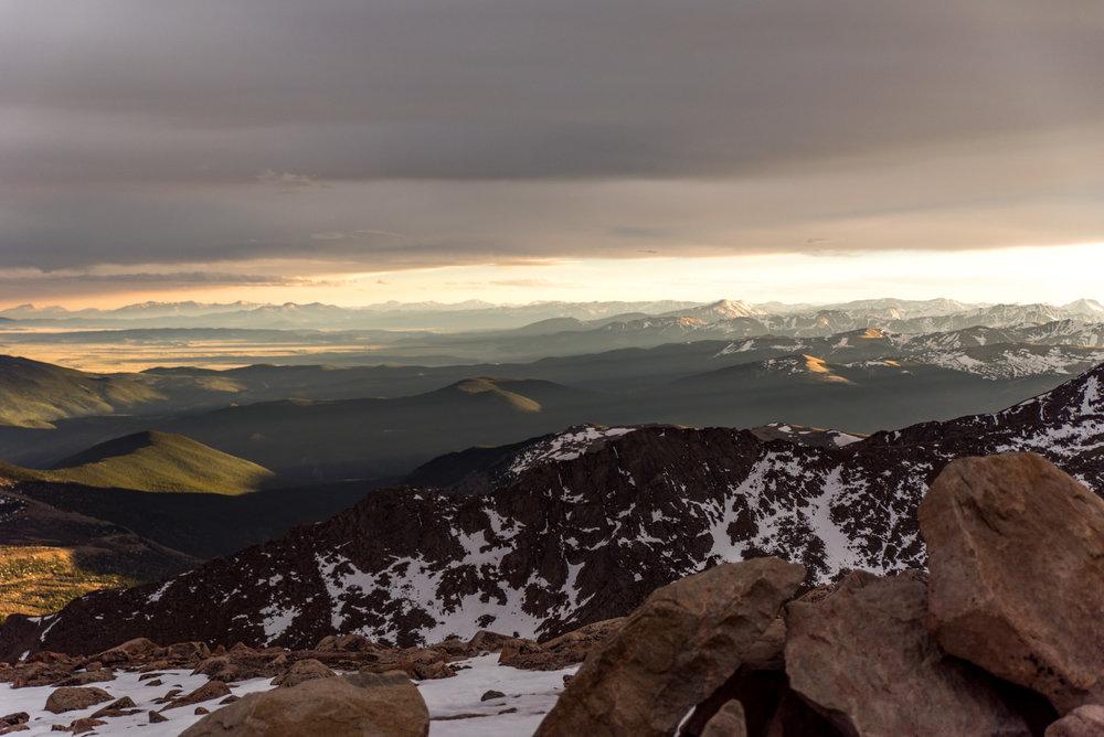 Colorado-14er-engagement-wedding-mountains-photographer-11.jpg