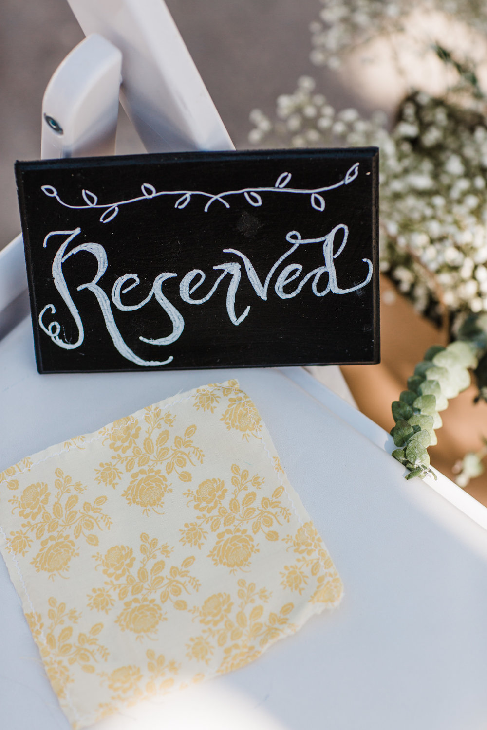 Colorado mountain wedding photographer at Brookeside Gardens details of wedding reception