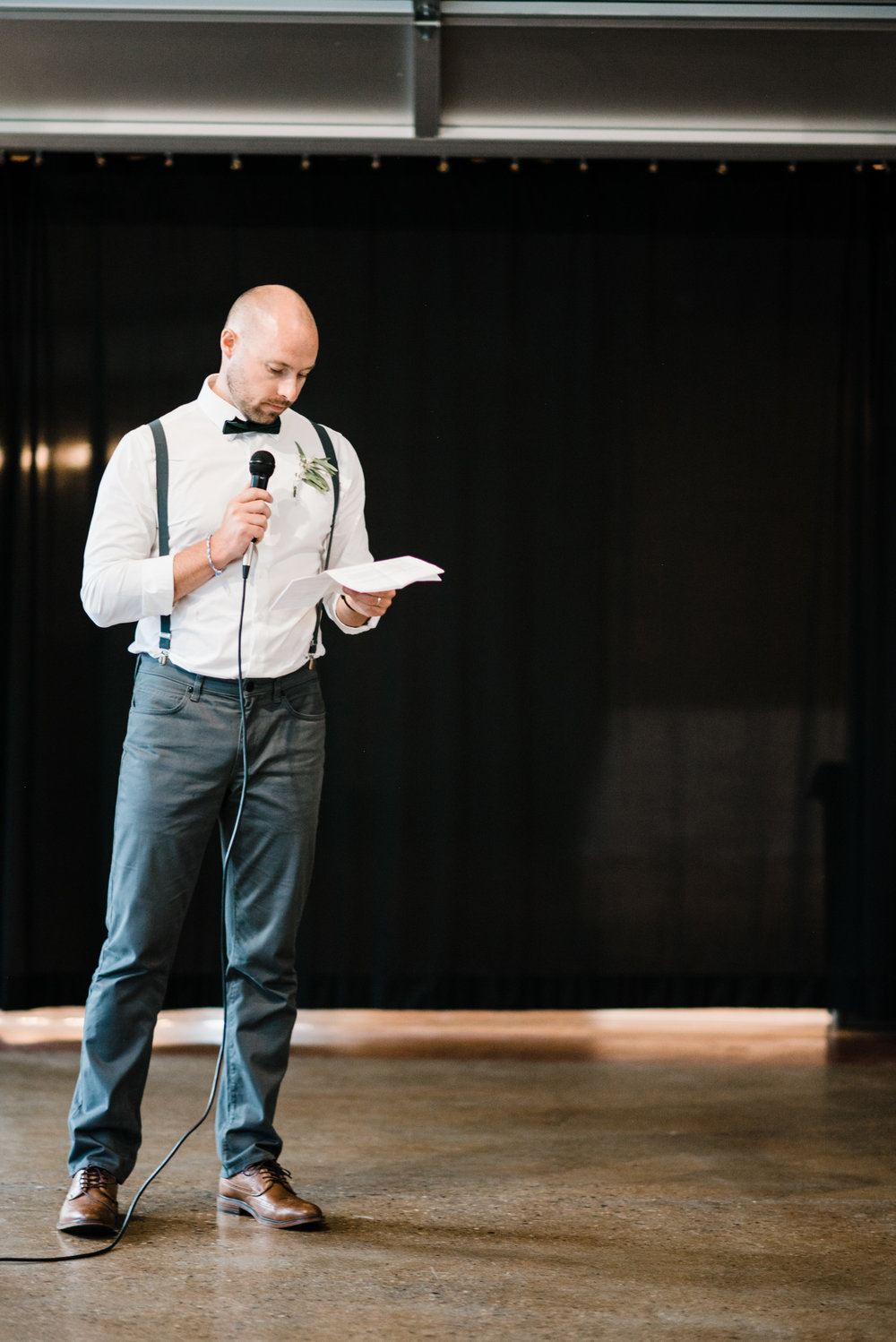 Colorado mountain wedding photographer at Brookeside Gardens wedding reception speeches