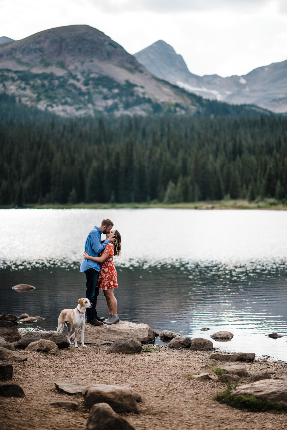 Indian Peaks-Brainard Lake-Colorado Engagement Lake Romance