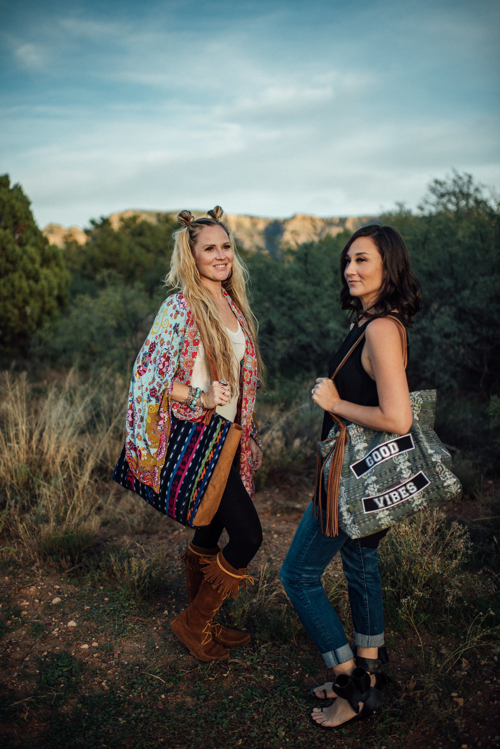 Arizona-Boho-Wedding-Photographer-Handbags-37.jpg