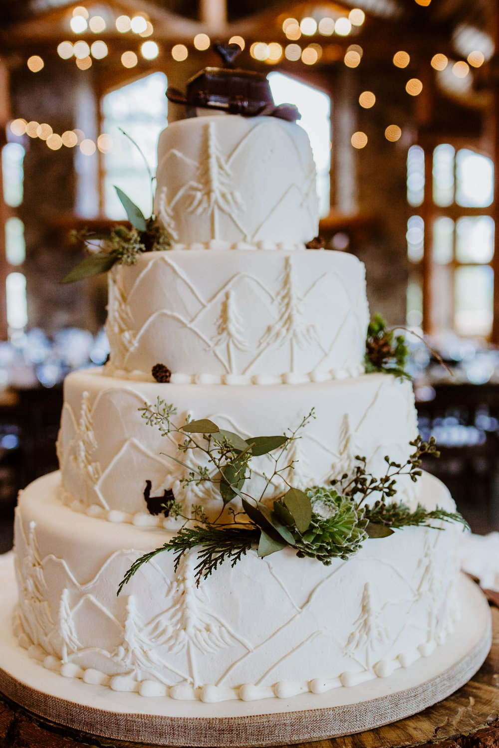 Details at TImber Ridge at Keystone, Colorado mountain wedding