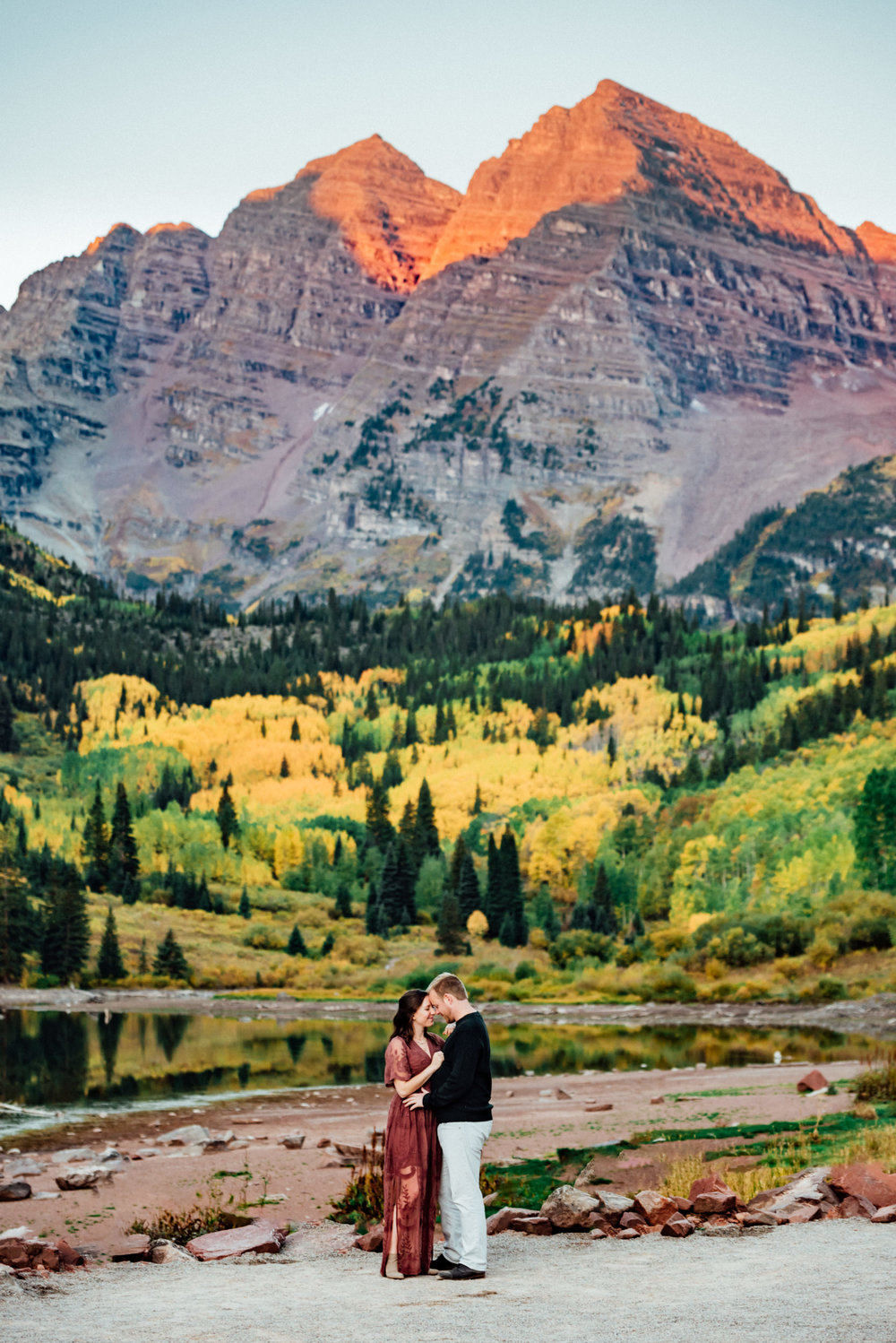 Elopement at the iconic Maroon Bells, Aspen Colorado Wedding Photographer