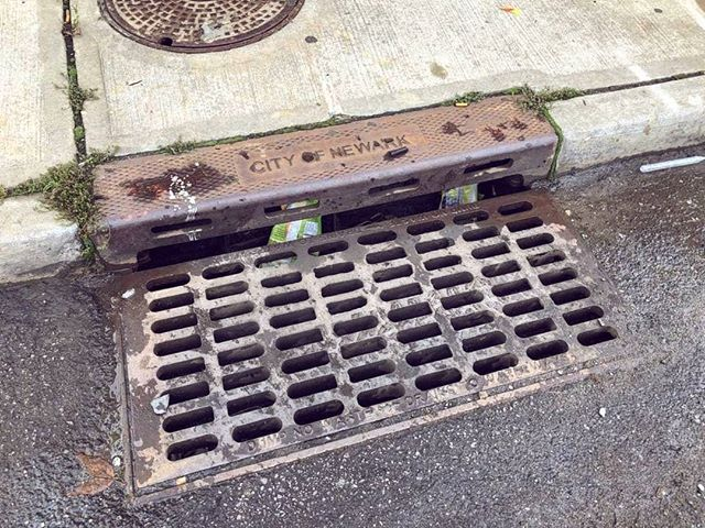 storm drains on opposite sides of the same street. sent by 🌼🌻 @sharon_adarlo / thank you sharon!!!❤️ / location: east kinney at mulberry st.
