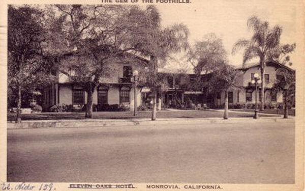 levenoaks_1927.jpg