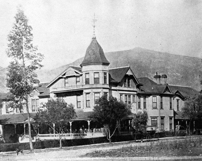 Hotel-La-Vista-Grande-1.jpg