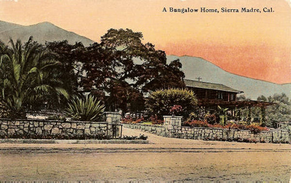 1915_sm_bungalow.jpg