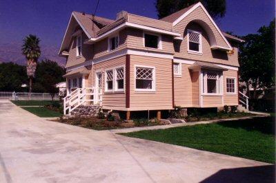 400_farmhouse_driveway_after.jpg