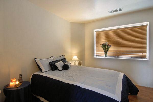 1814_8th_bedroom2.jpg