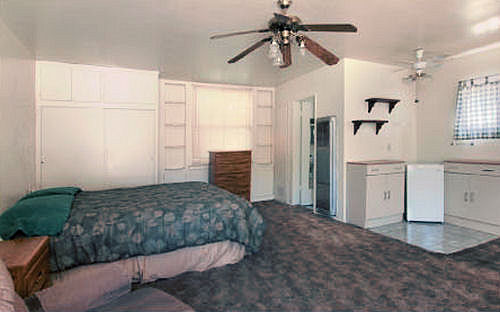 303magnolia_bedroom.jpg