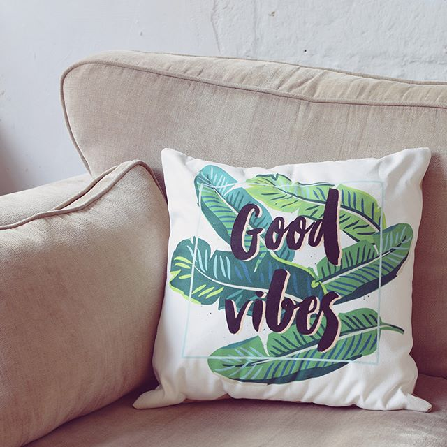 Home is not a place, it's a feeling.. #goodvibesonly 🌿 . . . . . . #suede #cushion #home #interiordesign #illustration #design  #printondemand #shopify #homedecor #roomdecor #palmleaves #pillows #printmaking #printisnotdead #getcreative #creativepreneur  #designinspiration