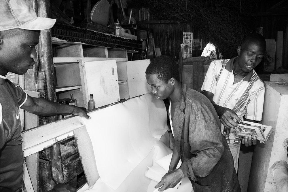 <p><strong>Richard i Kibera</strong>Nairobi, Kenya.<a href=richard-i-kibera-sv>The story →</a></p>