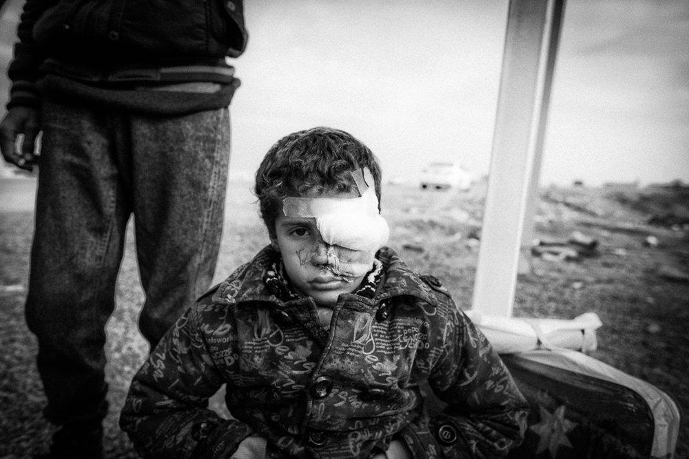 <p><strong>Josef vid vägkanten</strong>Erbil/Mosul, Irak<a href=josef-vid-vgkanten-sv>The story →</a></p>