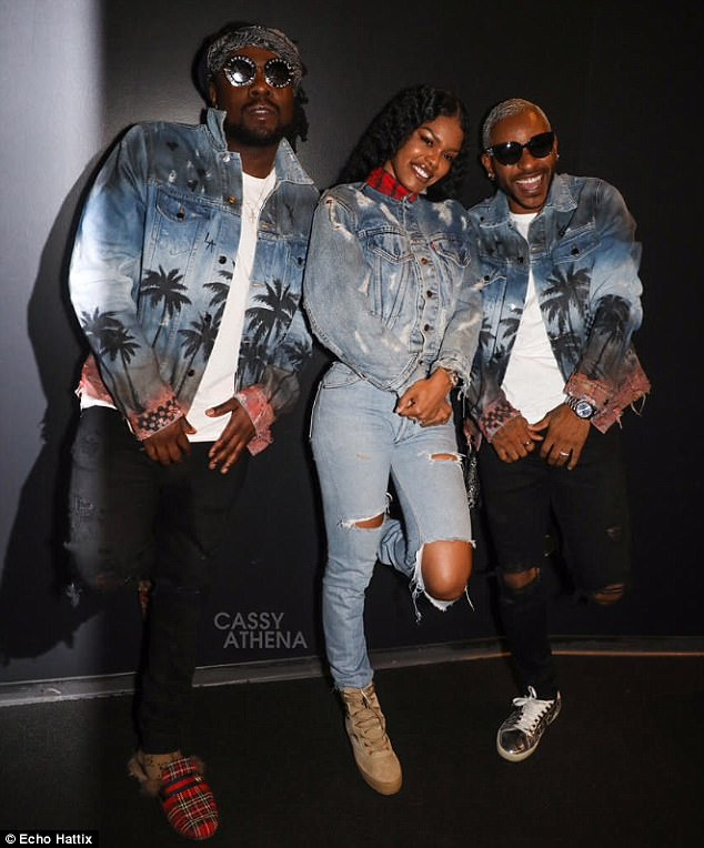 48CC045000000578-5341239-Trio_Teyana_Taylor_middle_and_Wale_left_threw_a_Wednesday_night_-m-51_1517515561707.jpg