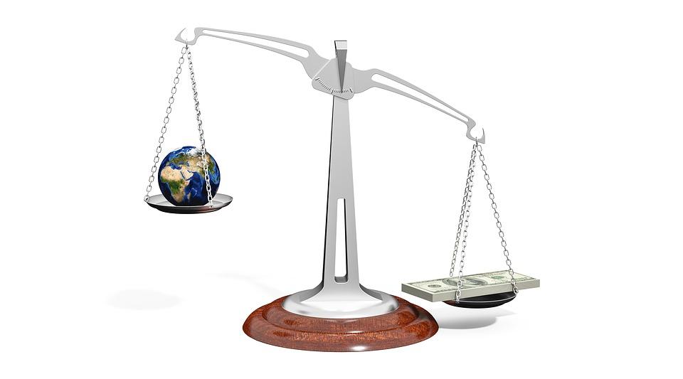 World-Money-Balance-Importance-Globe-Scale-Weight-2634833.jpg