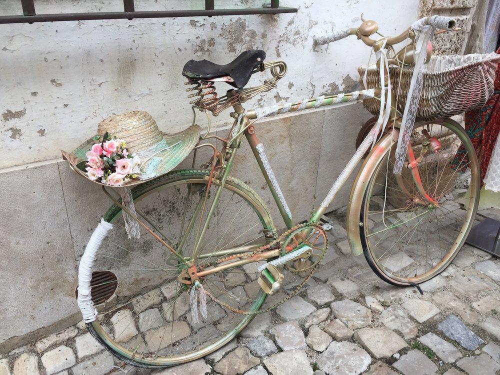 Que esse caminho seja leve e feliz como essa bicicleta.