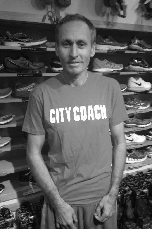 Running Coach Francis Laros