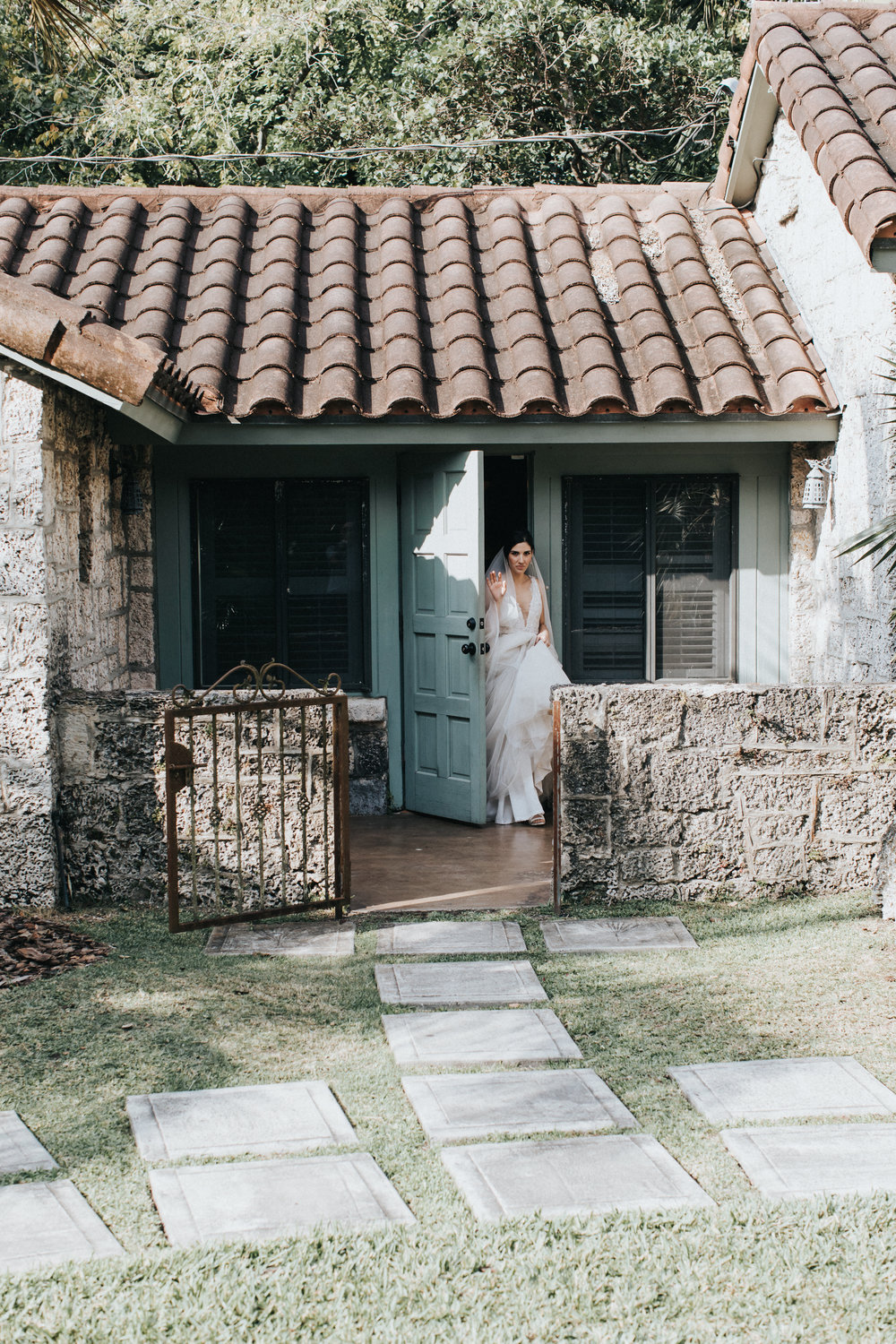 Intimate wedding at Miami villa