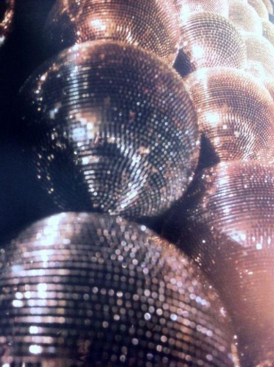 I love to dance -