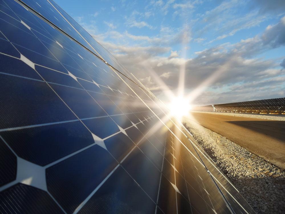 Solarpanel_sunrise