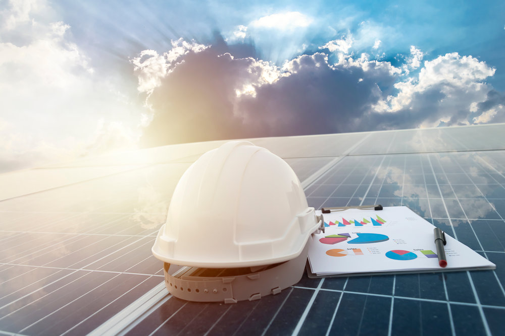 Solarpanels_w_helmet