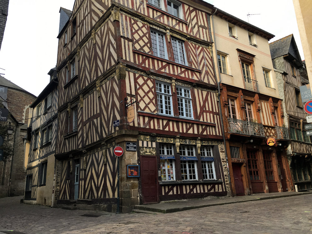 0207 [France]
