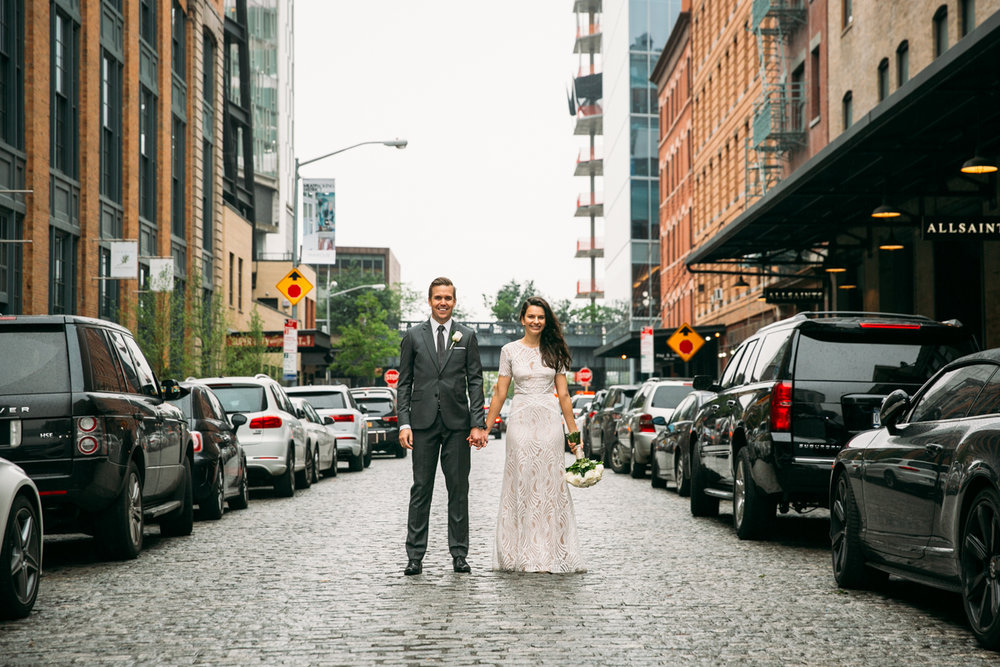 Meatpacking-cobblestone-wedding-photos-New-York-City-Fotovolida.jpg