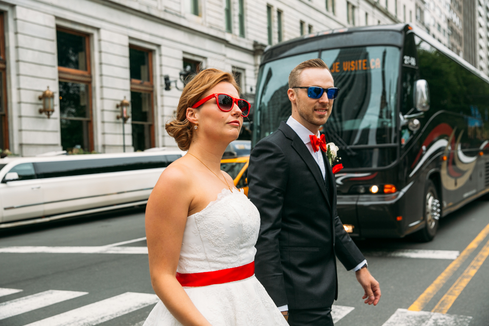 New-tork-wedding-photos-sunglasses-manhattan-fotovolida.jpg