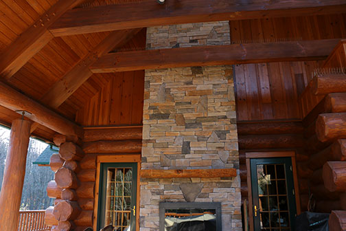 Log_Fireplace_3082.jpg