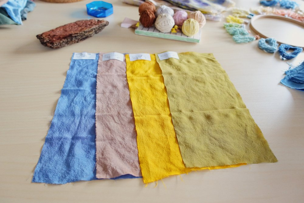 The thing about natural dyeing workshops I like the most is that participants create their own intutional palettes. The results are always enchanting. Here you see black carrot, walnut hull, turmeric and sage, from left to right.  To be updated about our workshops in our studio, sign up to the newsletter  here .