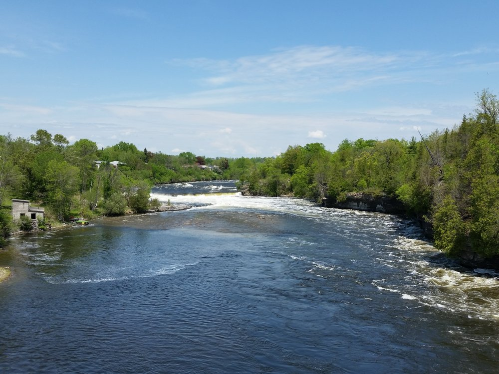 Ranney Falls, upriver from the suspension bridge.