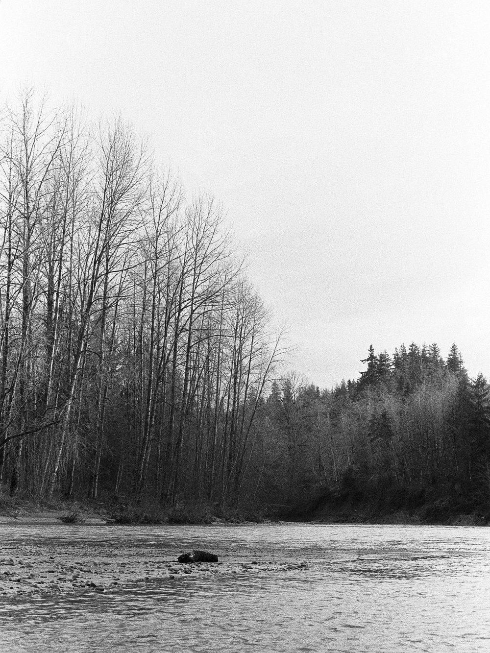 Stillaguamish River | Minolta XD5 + Minolta 50/1.4 - Ilford HP5+