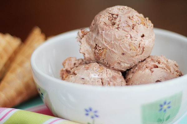 Homemade Ice-Cream   http://www.kevinandamanda.com/easy-homemade-ice-cream-without-a-machine/