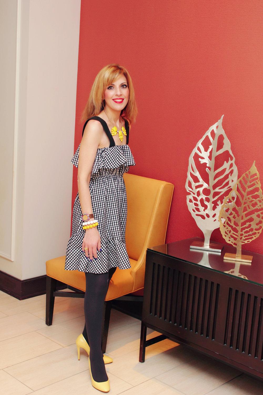 Dress:  http://www.romwe.com/