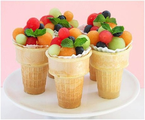 http://www.parentsociety.com/lifestyle/food/6-fun-and-healthy-snacks-for-your-little-one/2/