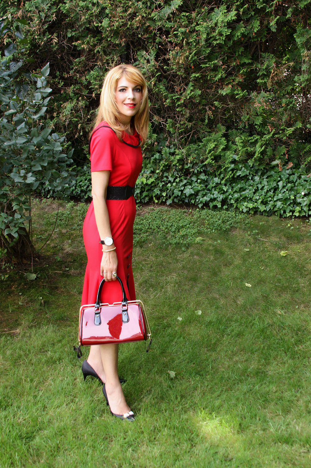 My dress is from my own website/collection  which you can find  here . My bag is from Madstyle and you can find it  here . Use my code: TEACHERJEN for 20% off.