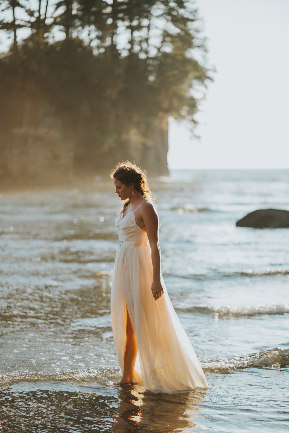 Port-Angeles-Salt-Creek-beach-wedding-bride-PNW-olympic-peninsula-photographer-Kayla-Dawn-Photography-outdoors-golden-hour-dancer-dress (41).jpg
